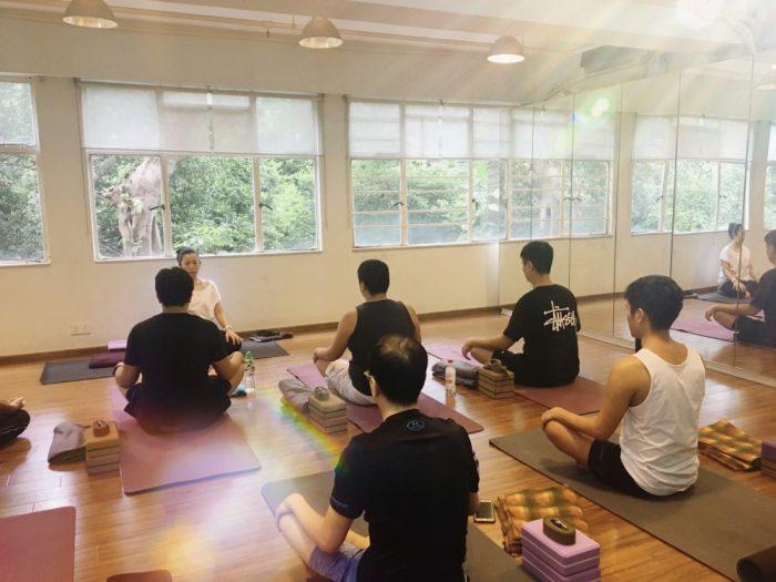 yoga ヨガ